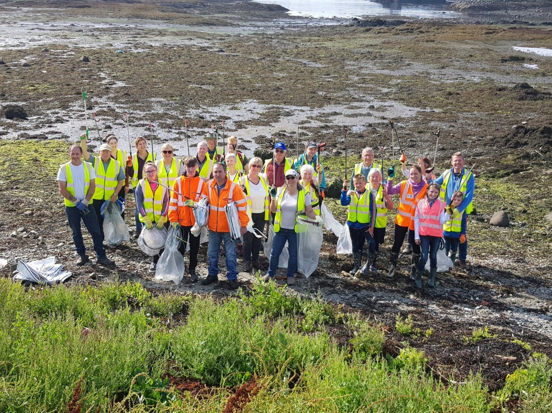 Teamwork in Ardglass keeping the shores litter free!