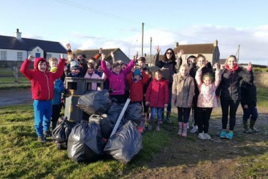 Kirkistown Cub Scouts Clean up Knockinelder Beach